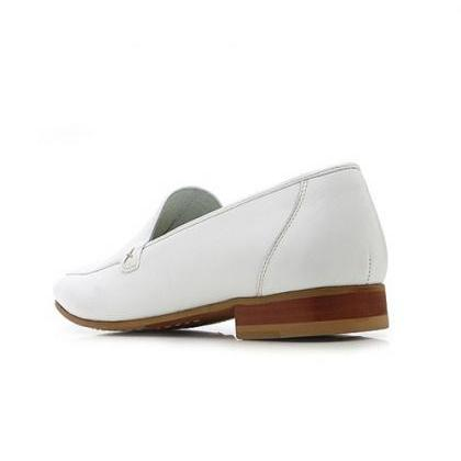 Handmade Men White leather moccasin..