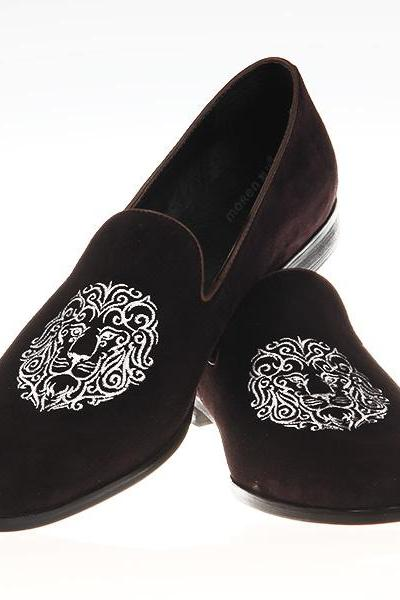 Handmade Mens Velvet Shoes, Men brown Embroidered Velvet casual Shoes Slipper