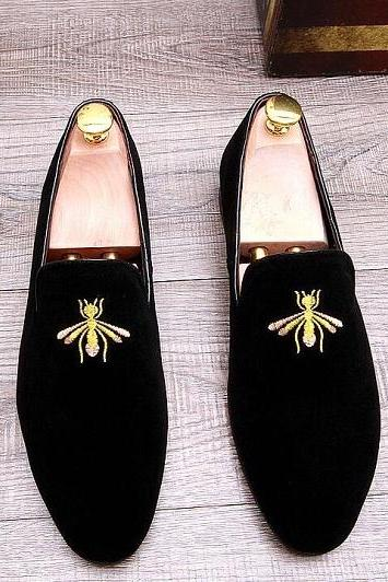 Handmade Black Velvet Shoes, Handmade Men Embroidered Velvet casual Shoes Slipper